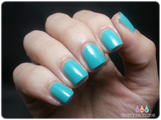 aloe-blosst-tiffany-nails