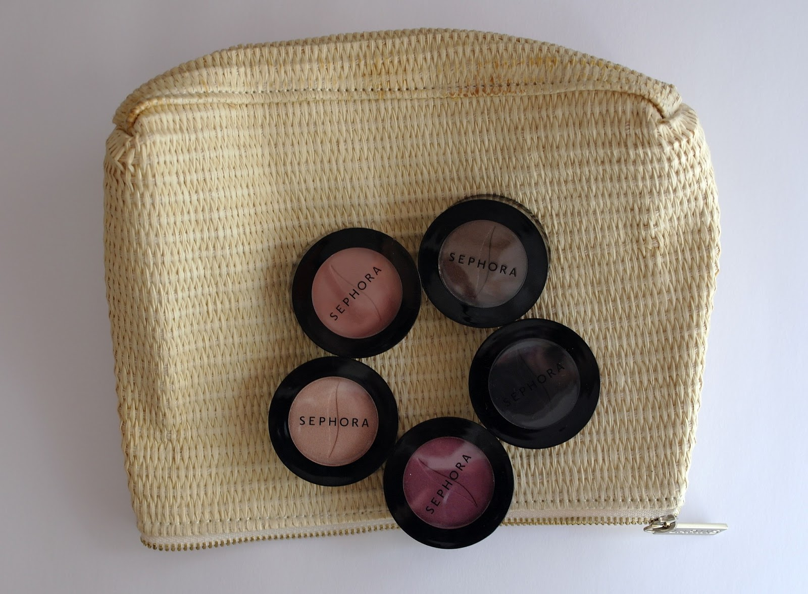GIVEAWAY: Blog's 1st Anniversary II - Sephora Eyeshadow Set!