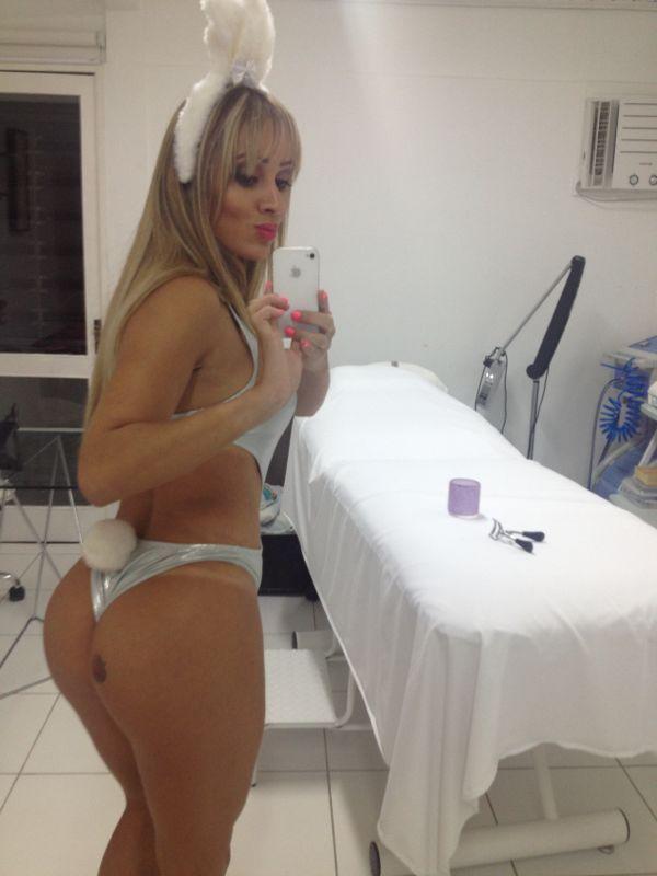 Cris Lopes a sedutora do teste de Fidelidade posta fotos de Coelhinha