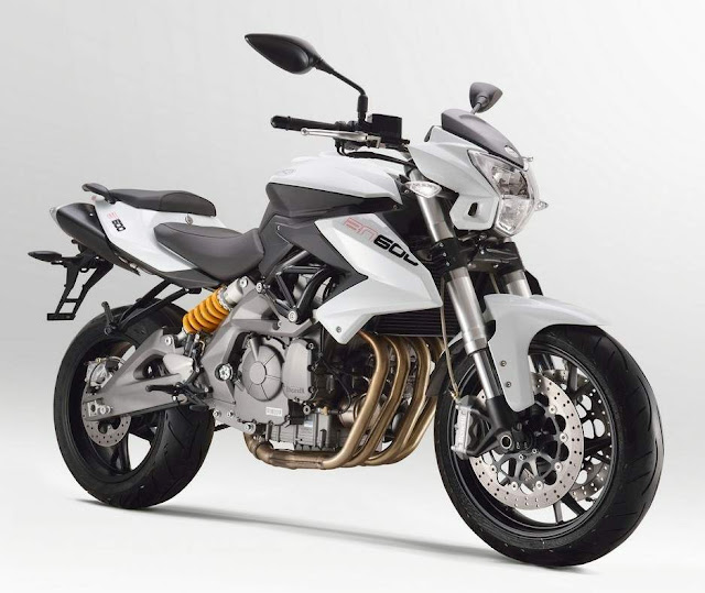 Benelli revela nova moto de 600 cilindradas na feira EICMA de Milão