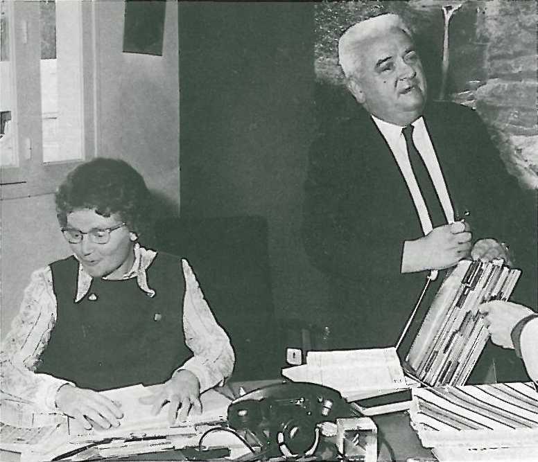 1969 le cube utile le grenier du docteur estipallas for Garage citroen frontignan