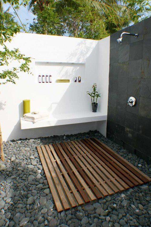 Las cositas de beach eau ba os exteriores for Duchas para piscinas exterior