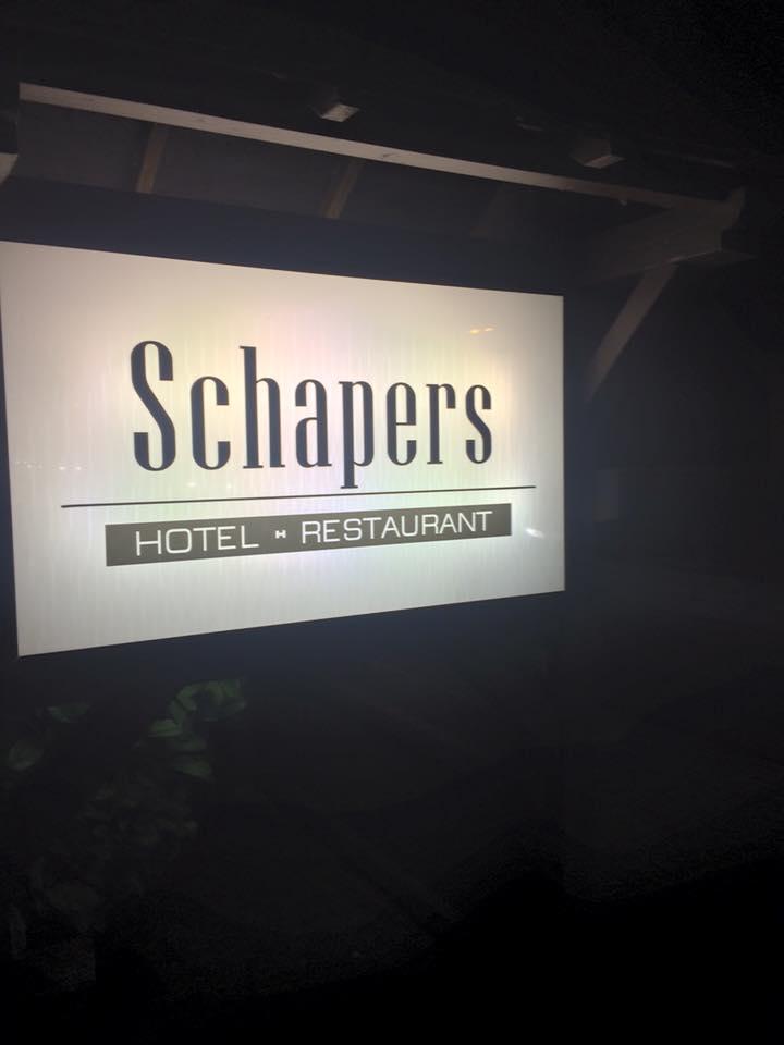 Dabei Handelt Es Sich Um Eine Echte Celler Institution: Das Hotel Schaper  In Der Heese. Unweit Des Bahnhofes Gelegen, Ist Man Hier Seit Beginn Des ...