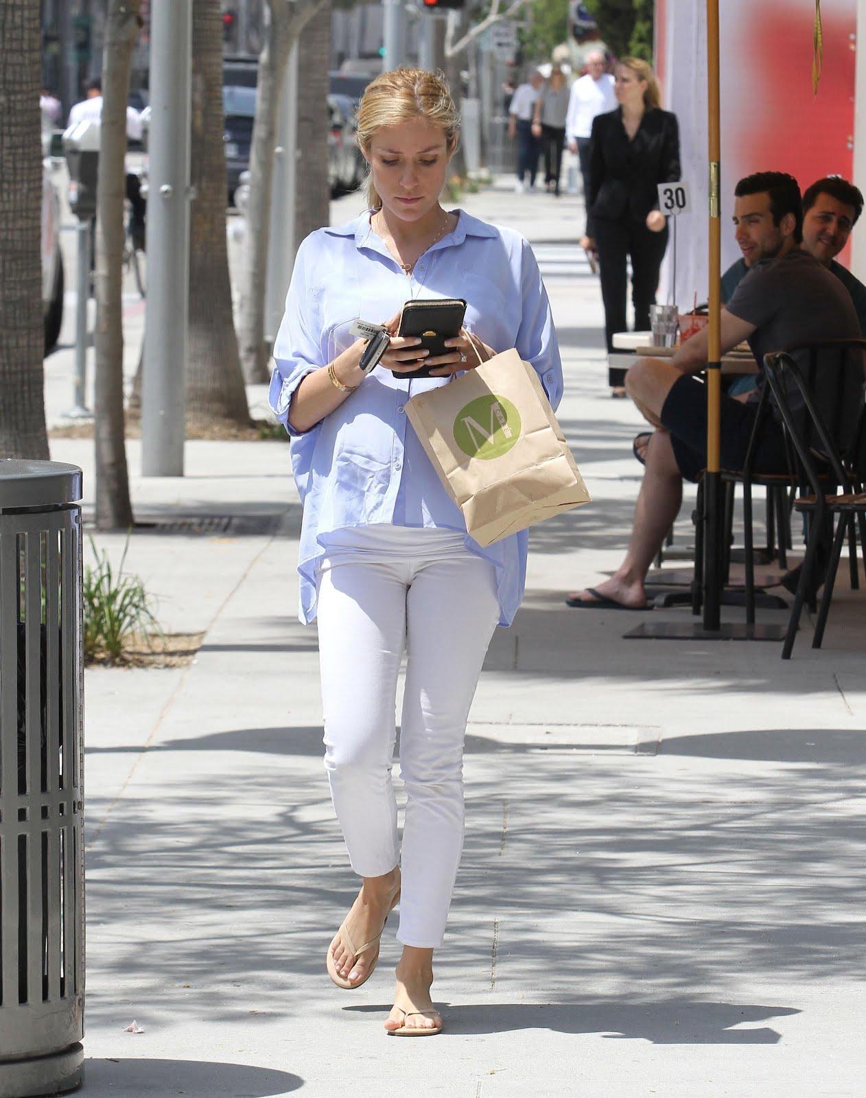 Hills Freak Kristin Cavallaris Busy Day In La