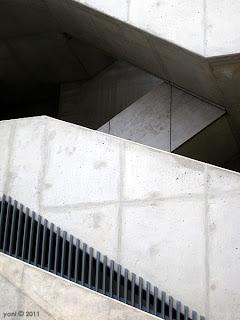 concrete zigzag