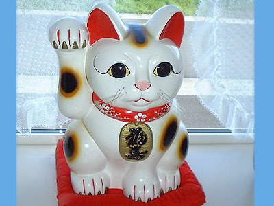 Legenda maneki neko, patung kucing pembawa keberuntungan dari jepang
