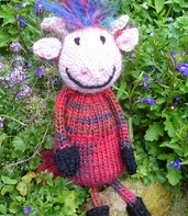 http://www.ravelry.com/patterns/library/cow-11