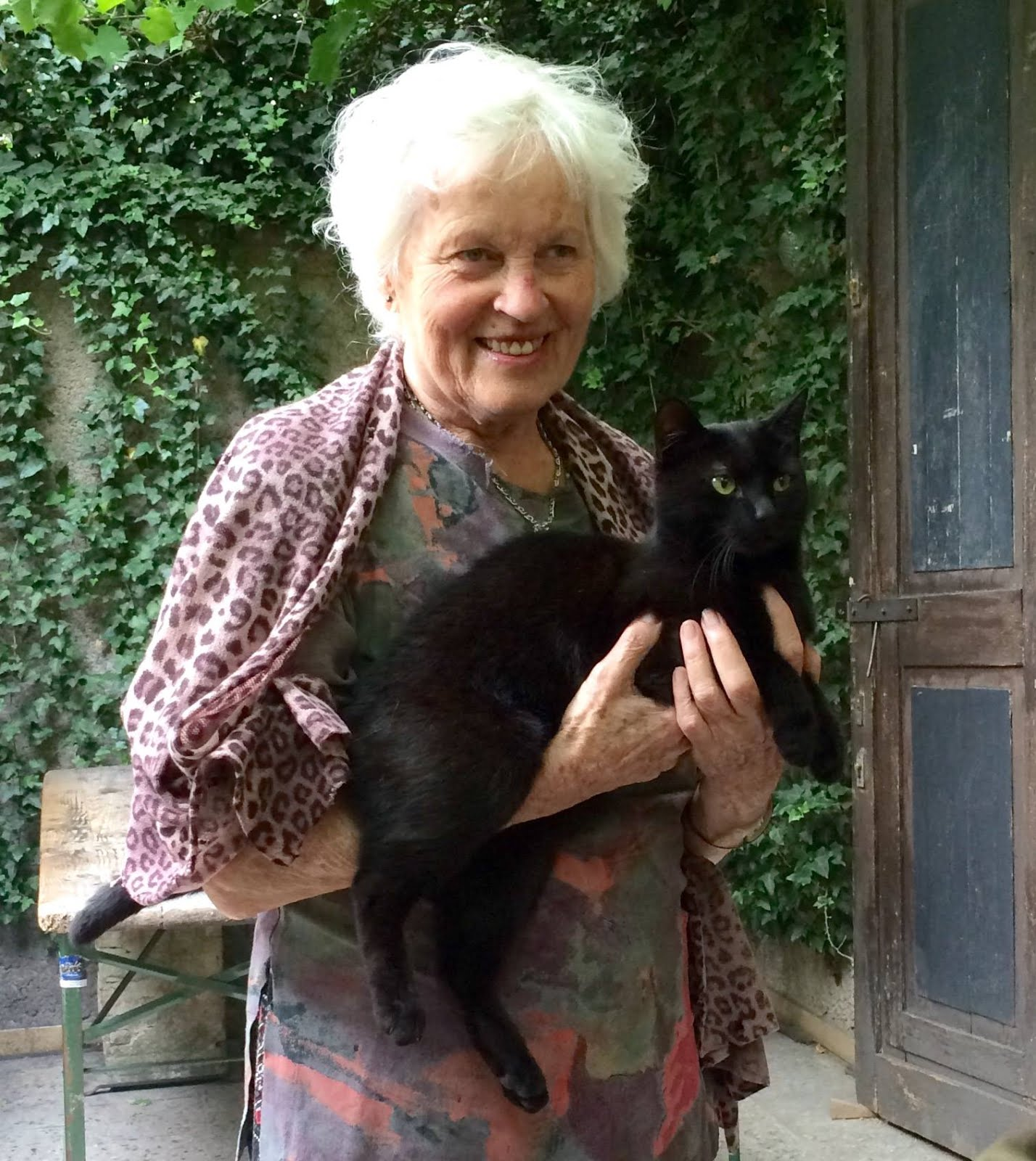 Senium a černá kočička