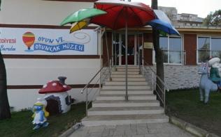 Konak Belediyesi Ümran Baradan Oyuncak Müzesi