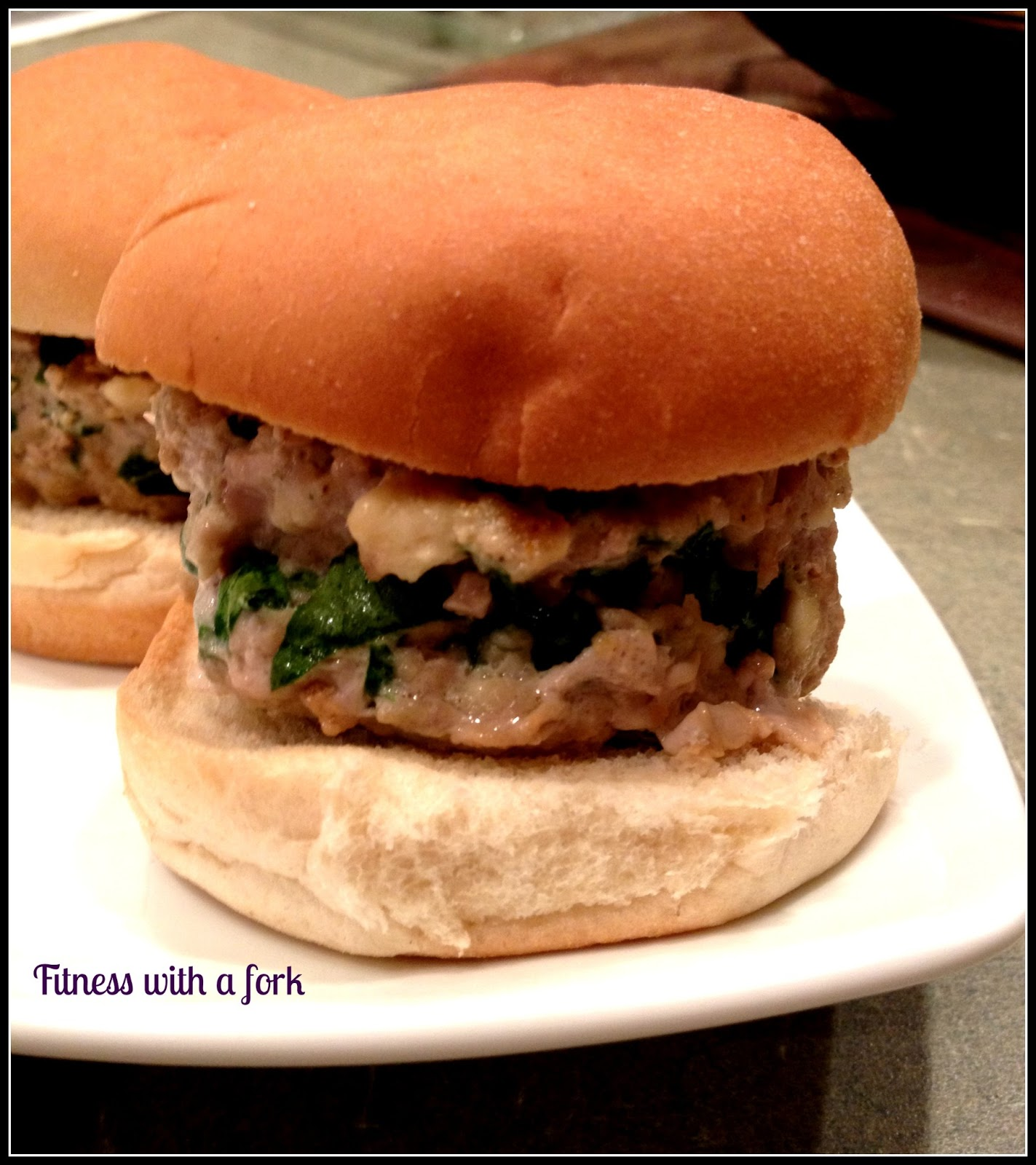 fitness with a fork: Recipe: Spinach and Feta Turkey Sliders