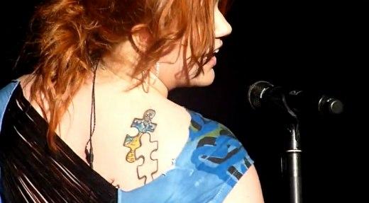 All tattoos art new kelly clarkson tattoo for Kelly clarkson tattoo