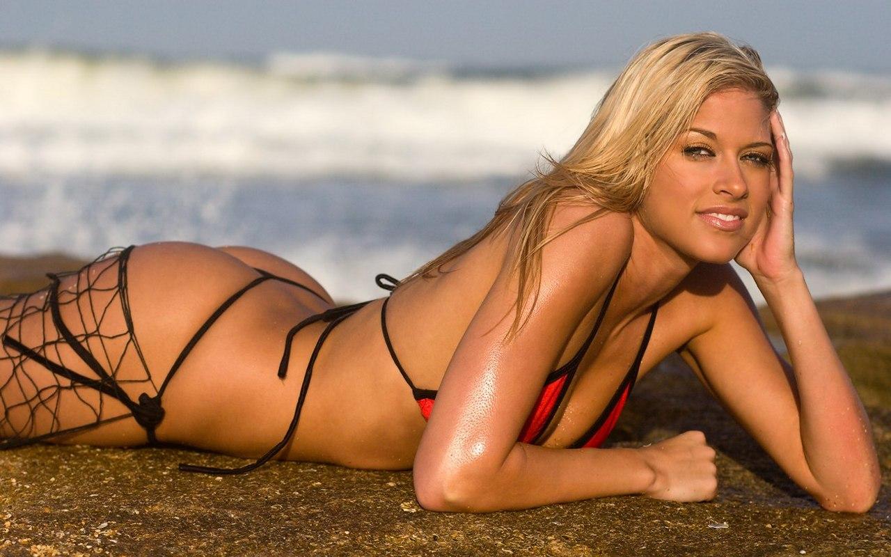 http://1.bp.blogspot.com/-s4CbYvr7tdo/T2StasUhOWI/AAAAAAAASQM/mIF88zSohnk/s1600/Kelly+Kelly+maxim+hot+sexy+coolaristo+17.jpg