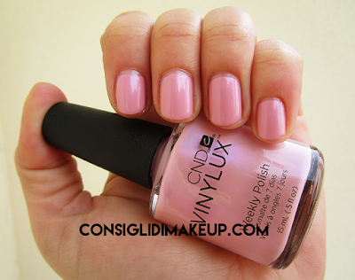 swatch smalto blush teddy 182 cnd vinylux