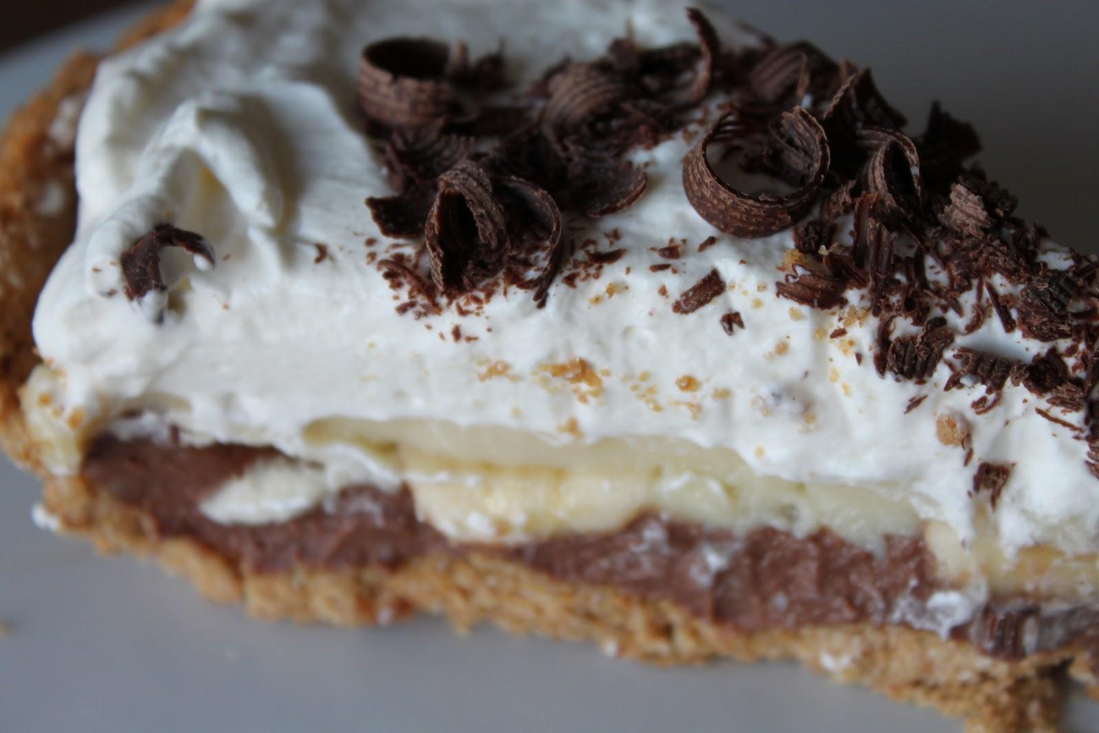Bountiful Kitchen: Black Bottom Banana Cream Pie