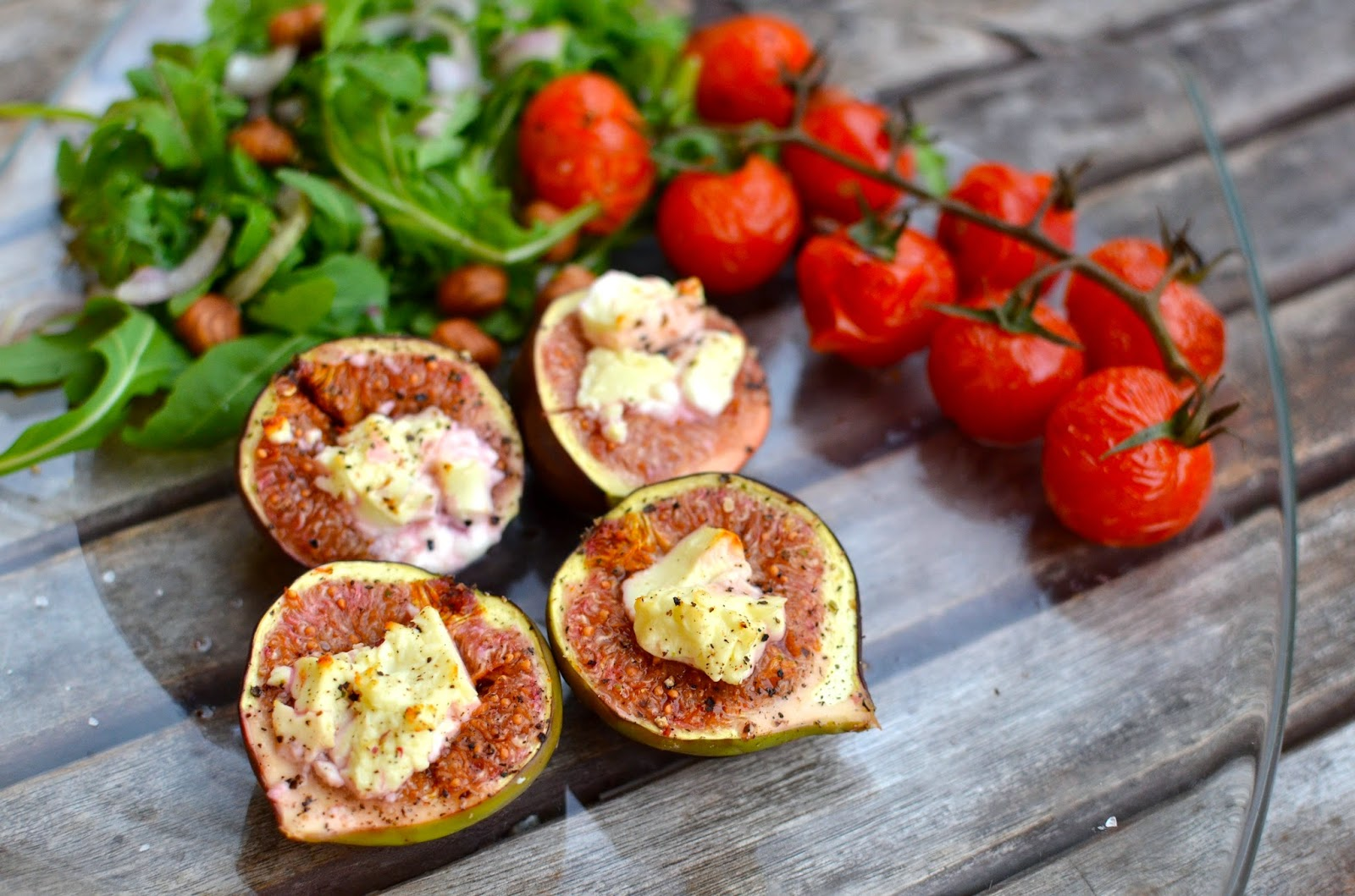 Recipe Roasted tomatoes and figs with feta cheese