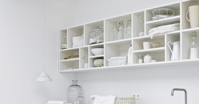 Living in designland dise o lavadero en blanco for Diseno lavadero