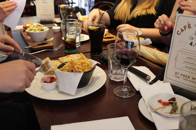 Essex, Loughton, Cafe Rouge, Food, Review, fdbloggers, bloggers,