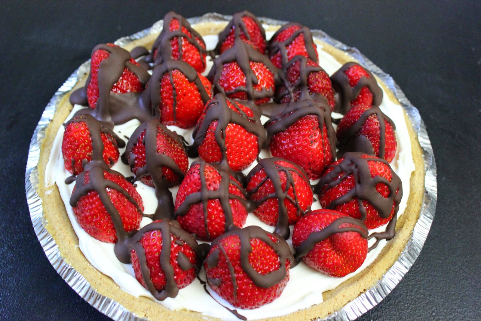 pillsbury strawberries and cream pie