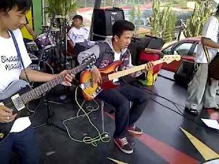 Lirik Dan Kunci Gitar Lagu Sunda Woles - Mojang Priangan