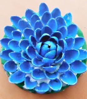 http://translate.googleusercontent.com/translate_c?depth=1&hl=es&rurl=translate.google.es&sl=en&tl=es&u=http://www.instructables.com/id/Pistachio-Flower/%3FALLSTEPS&usg=ALkJrhjgkfUhggmuZqe2X0BCCMVlPlunMQ
