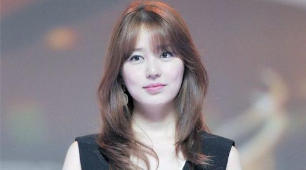 Tanggapan Yoon Eun Hye Soal Isu Plagiat Fashion Malah Bikin Netter Berang