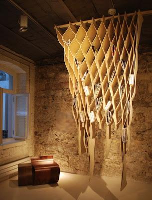 Необычная полка. Креативный дизайн интерьера. Необычная мебель. Как украсить свой дом.