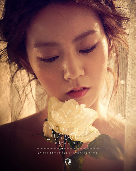 Seungyeon KARA Day & Night