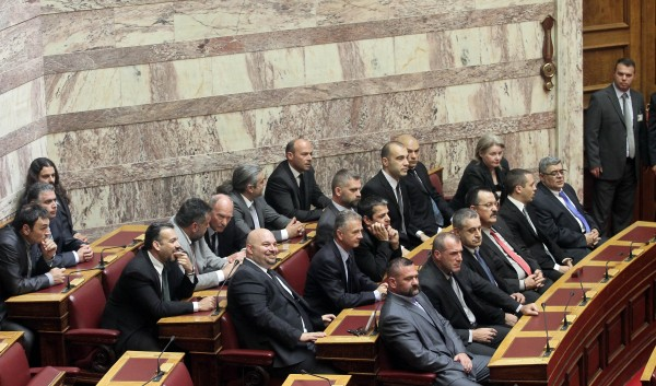 Η ΧΡΥΣΗ ΑΥΓΗ θα έχει Αντιπρόεδρο στο προεδρείο της Βουλής
