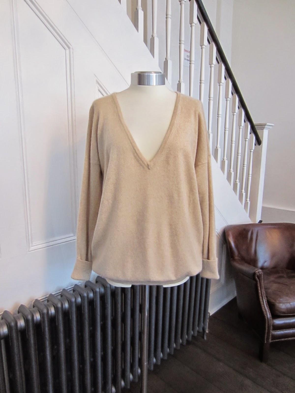 Farhi Beige Cashmere Knit