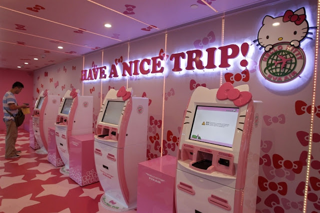Hello Kitty Kiosks to check in the flights in Taiwan