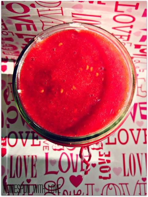 Raspberry Cheesecake in a Jar