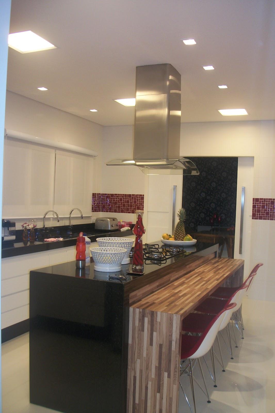 iluminação na cozinha é de extrema importância não somente  #8E663D 1066 1600