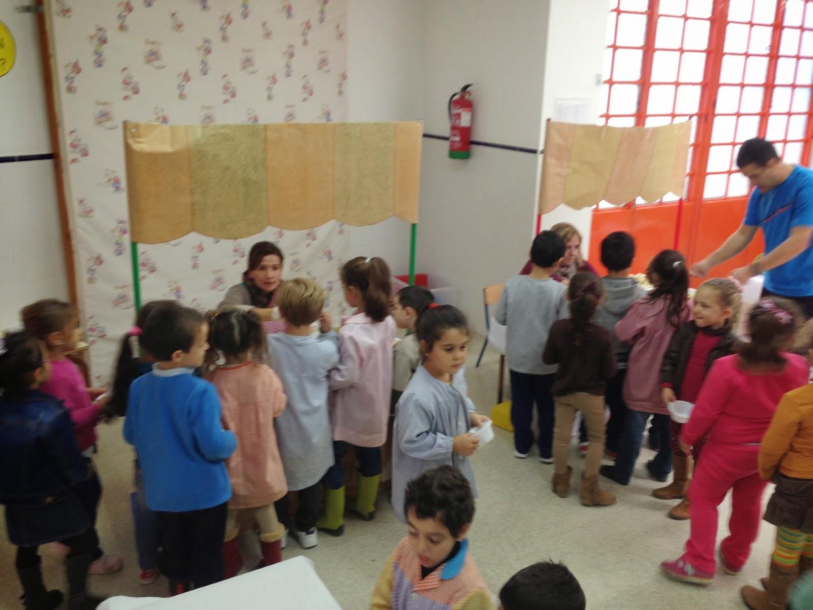 Noviembre 2014 el mundo infantil en el poeta for Mural nuestra carne