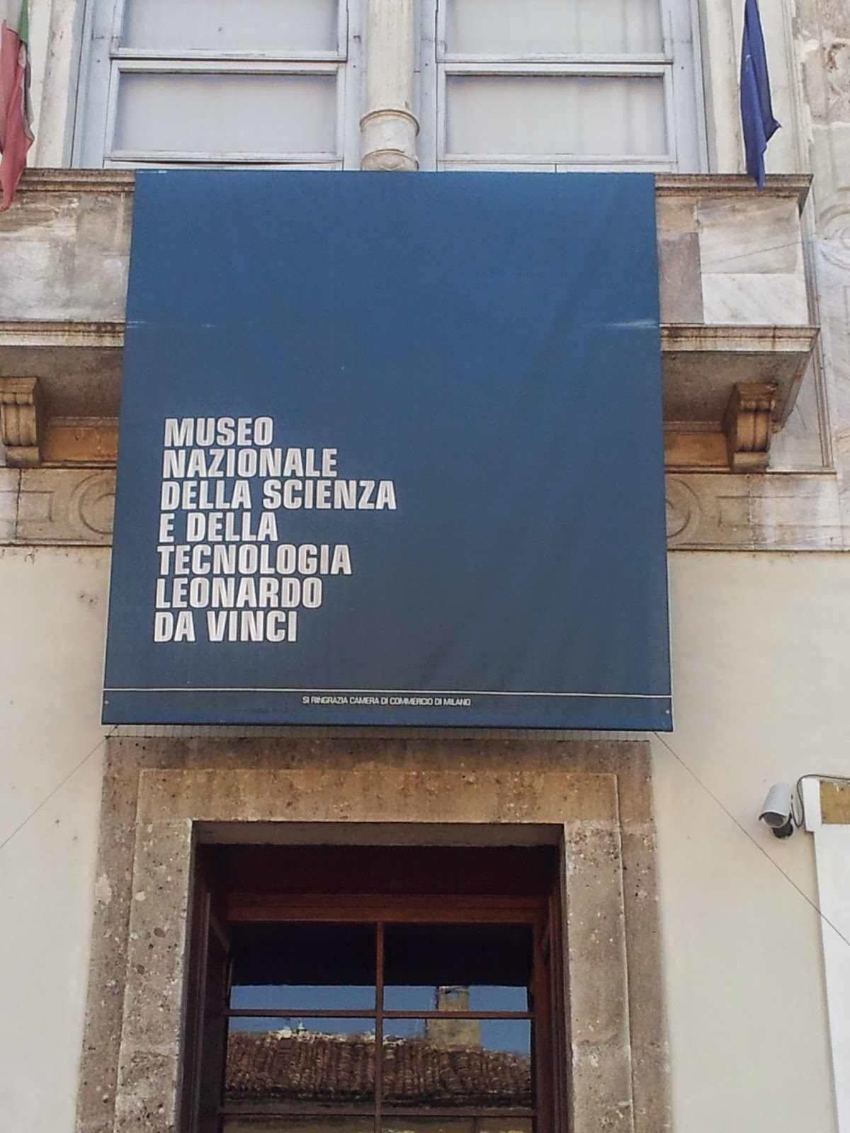 Sign at entry to Museum of Science and Technology, Milan