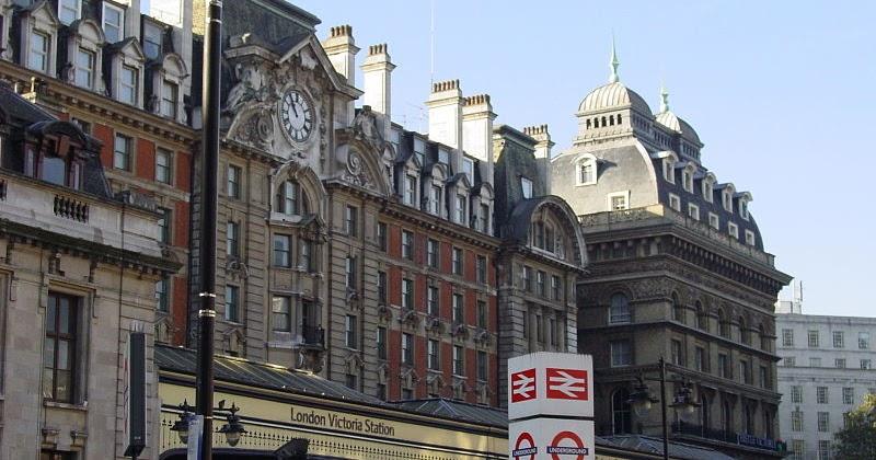 Escort de Londres con un paquete de seis