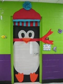 C mo decorar una puerta en navidad for Decoration porte pingouin