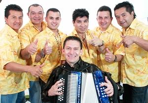 Sarawak Malaysia Borneo Rainforest World Music Festvial REY VALLENATO BETO JAMAICA (Colombia)