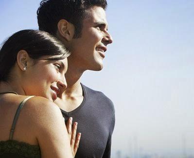 perbedaan antara jatuh cinta dan mencintai blog maharani