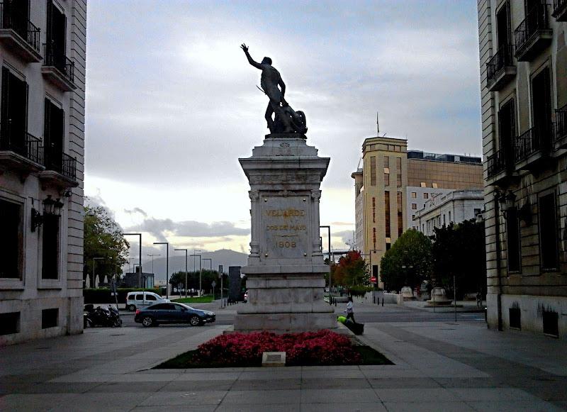 Monumento a Velarde en Santander