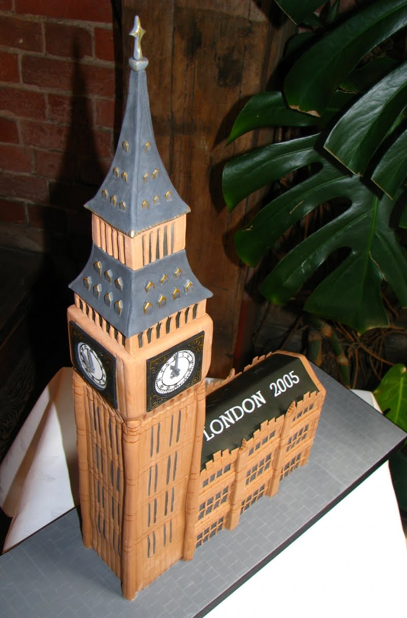 The London Darling: OMG! A Big Ben Cake! Who Knew?