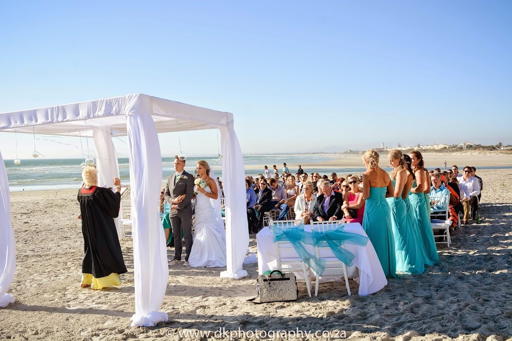 DK Photography CCD_6495 Wynand & Megan's Wedding in Lagoon Beach Hotel  Cape Town Wedding photographer