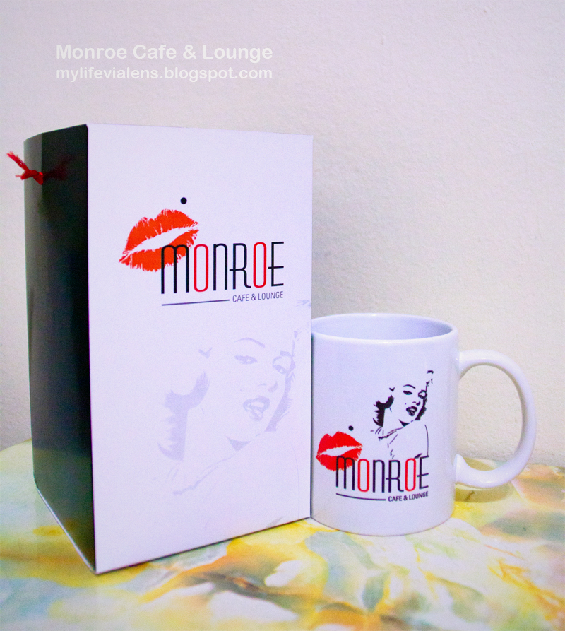Monroe Cafe & Lounge at 1926 Heritage Hotel, Burma Road