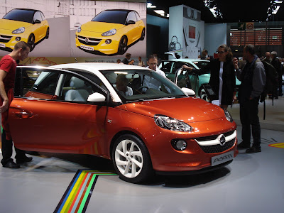 Opel Adam front side