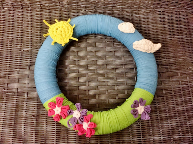 Craft Loop Wreath