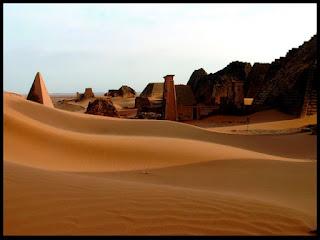 10 Tempat Tujuan Wisata di Mesir