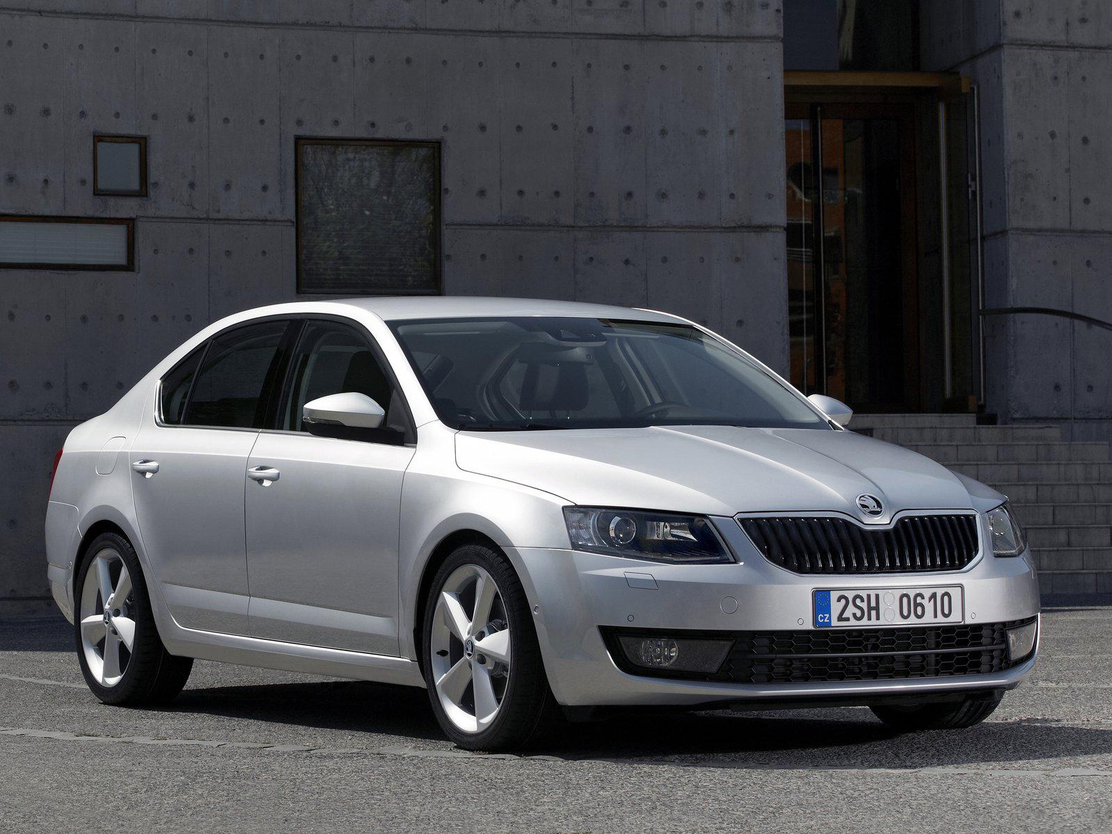 Automotive Database: Škoda Octavia