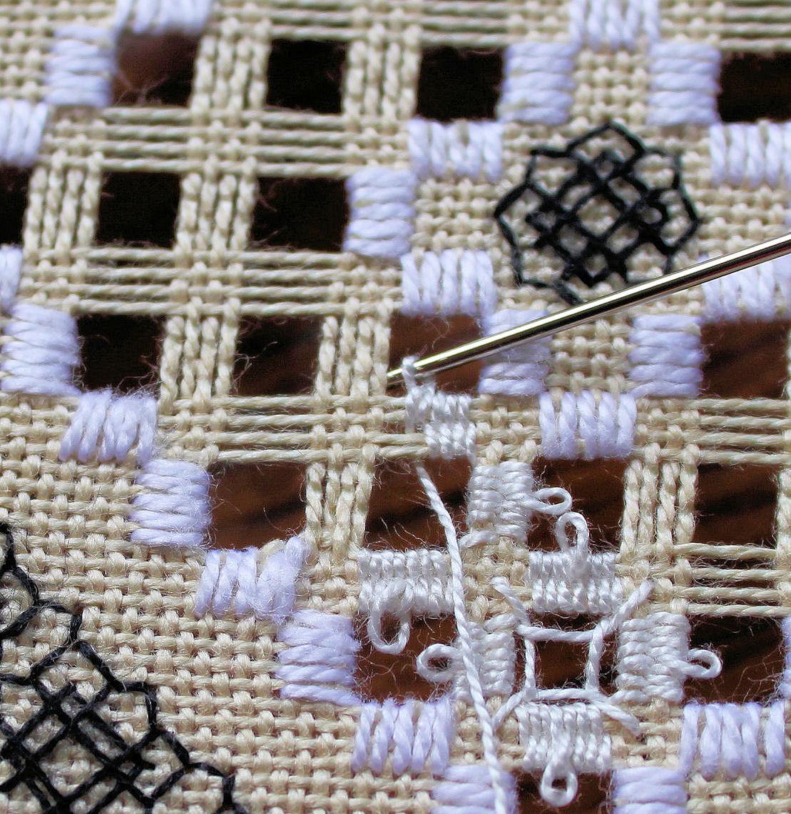 Bea s stitcheries hardanger picot tutorial