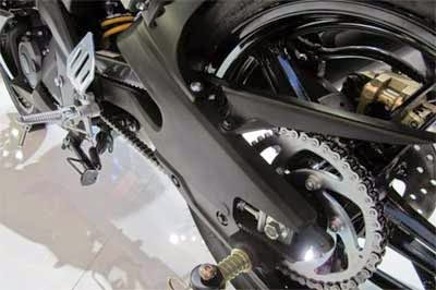 swing arm yamaha r15