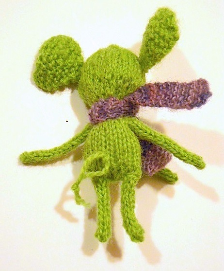 An Elephant a Day 2.0: Elephant No. 13: Small Knitted Elephant