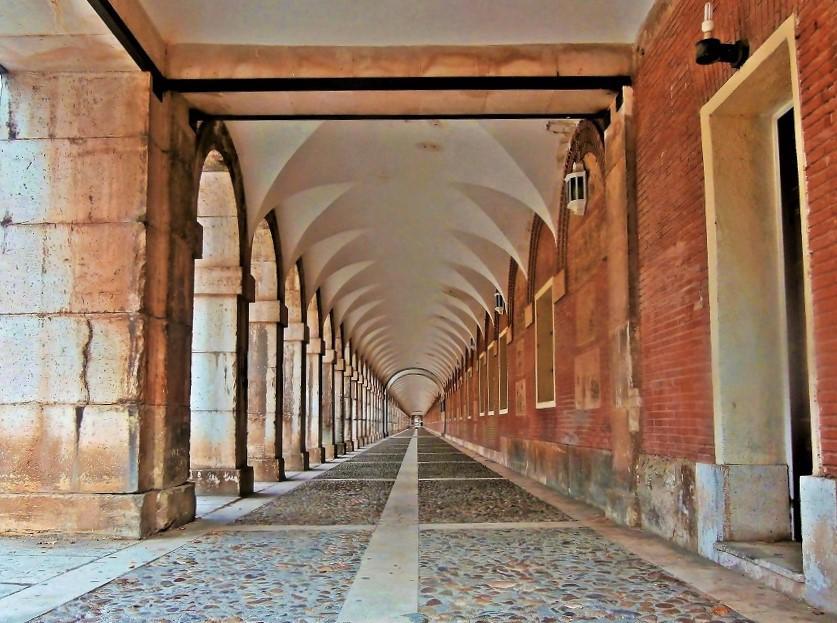 Arcos del Palacio real de Aranjuez. Madrid